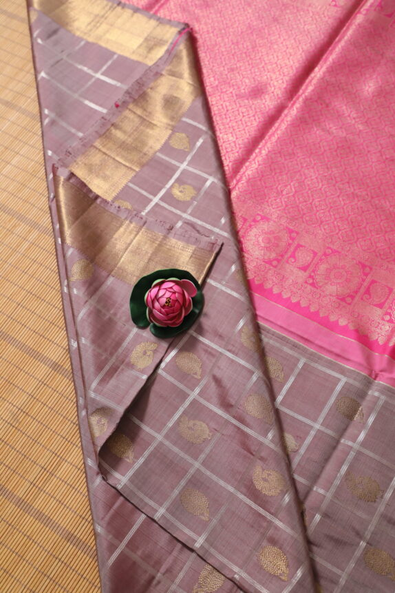 HANDWOVEN LAVENDER KANCHIPURAM SAREE