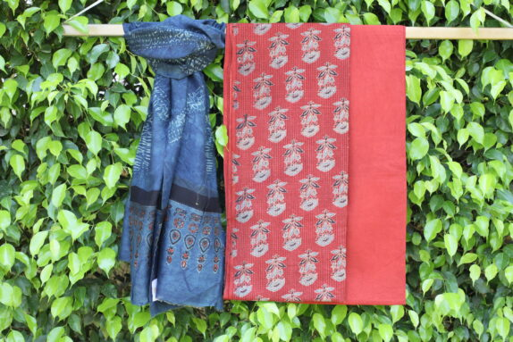 HANDBLOCK SHIBORI CRIMSON RED AJRAKH SUIT SET