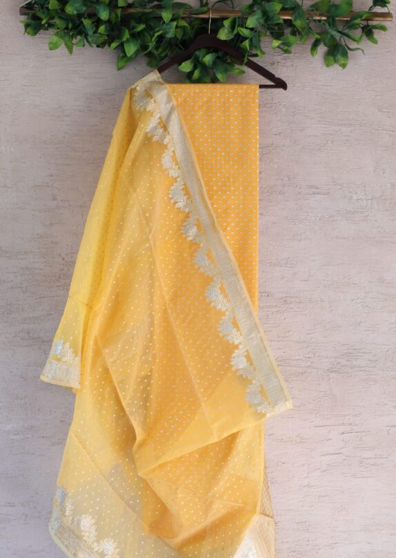 HANDWOVEN DANDELION YELLOW BANARASI SILK SUIT SET